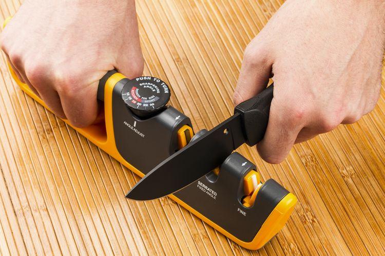 Štrbinová brúska na nože