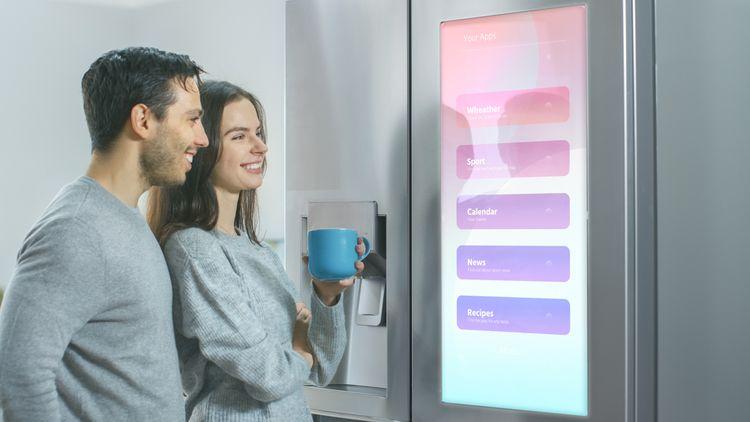 Inteligentné technológie nájdeme najmä pri americkej chladničke.