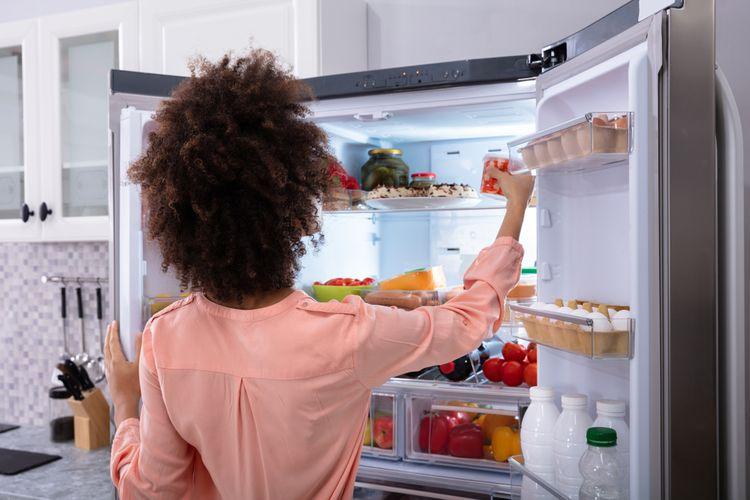 Snažte sa zamedziť častému a dlhodobému otváraniu chladničky.