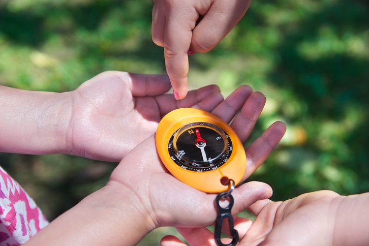 Farebný detský kompas