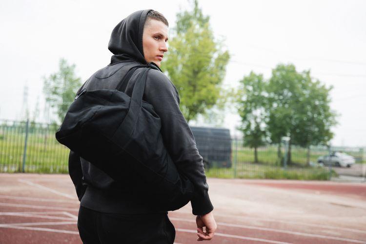 Vodoodolná čierna športová taška z polyesteru