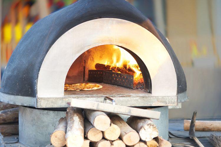 Pec na pizzu na drevo do exteriéru