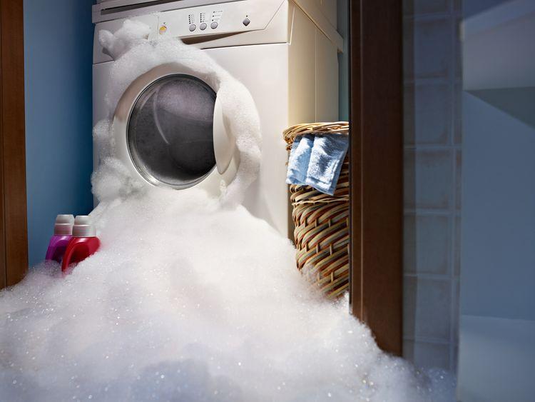 Tvorba nadmernej peny v práčke