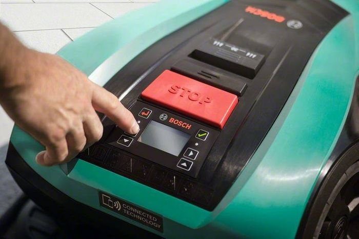 Ovládanie robotickej kosačky Bosch Indego 350