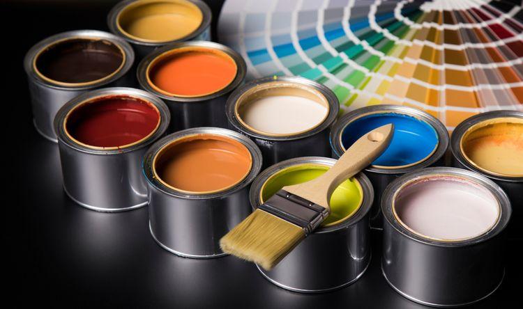 Rôzne odtiene farieb na stenu