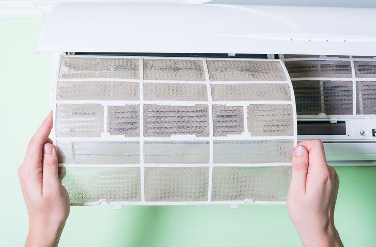 Čistenie filtra nástennej klimatizácie