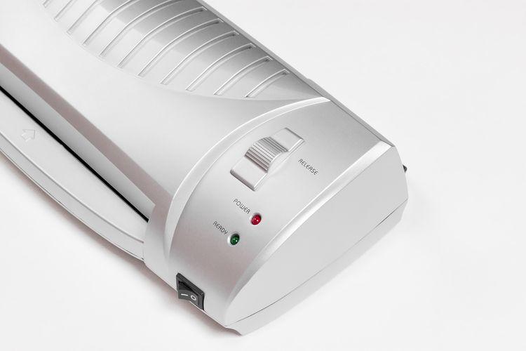 Ovládanie domáceho laminátora