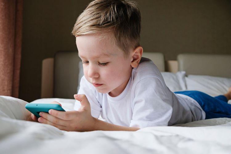 Aký telefón pre dieťa?