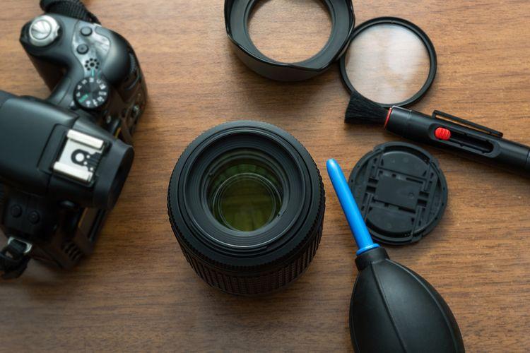 Čistenie objektívu zrkadlového fotoaparátu