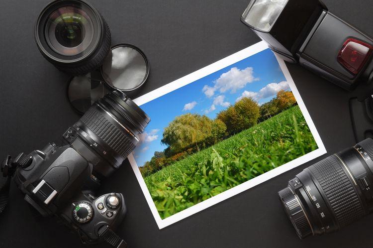 Fotografia vytvorená fotoaparátom so zoom objektívom
