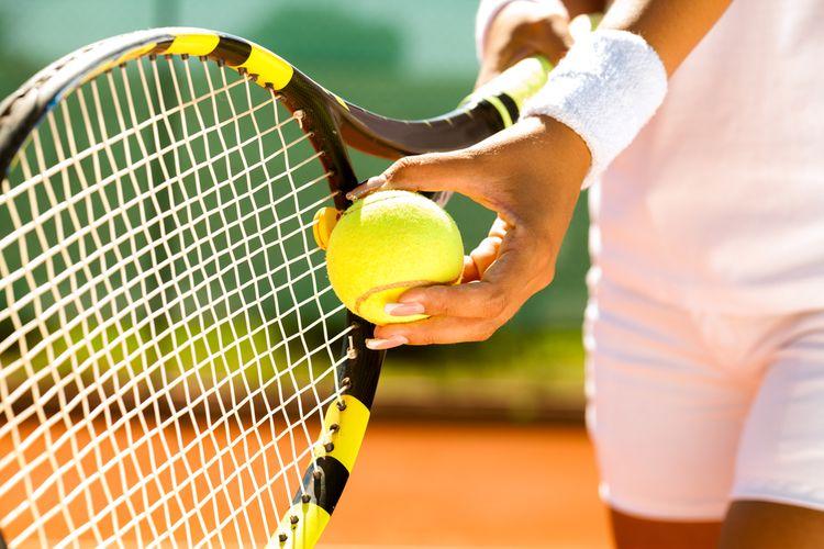 Výplet tenisovej rakety
