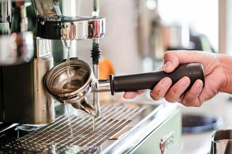 Čistenie pákového kávovaru