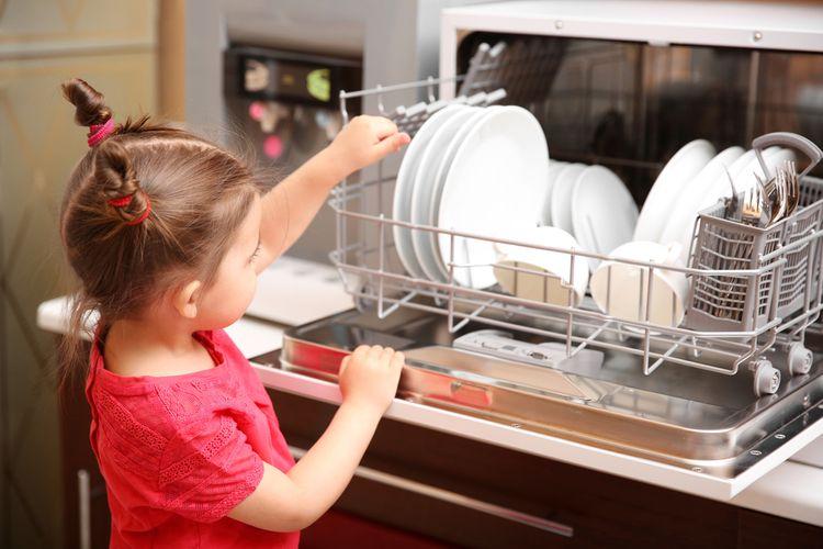 Ako vybrať stolnú umývačku riadu