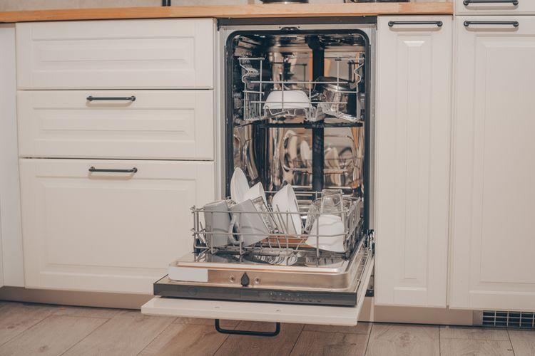Ako vybrať úzku umývačku riadu