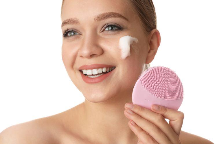 Ako vybrať čistiacu kefku na tvár?