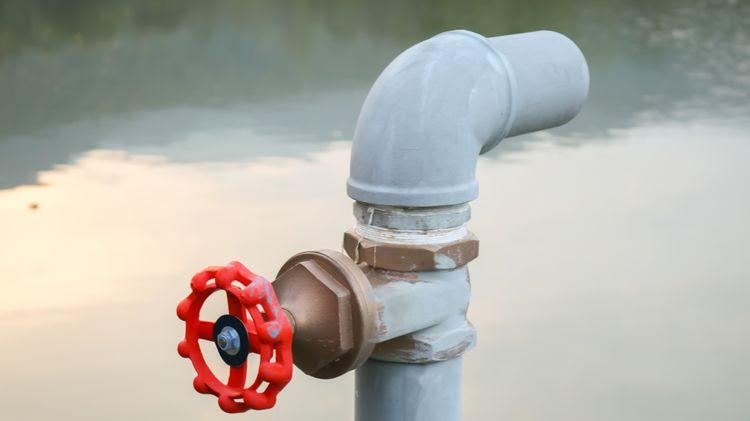 Vodné čerpadlo prípojka na hadicu