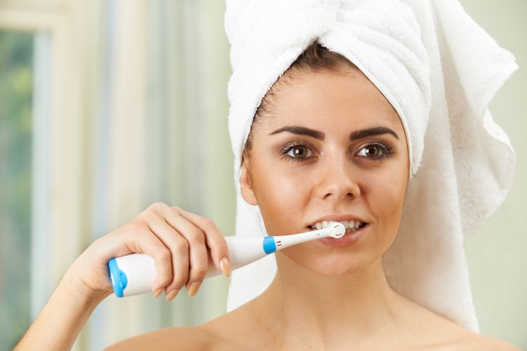 Kvalitná elektrická zubná kefka