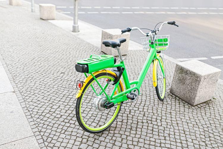 Mestský elektrobicykel so zadným pohonom