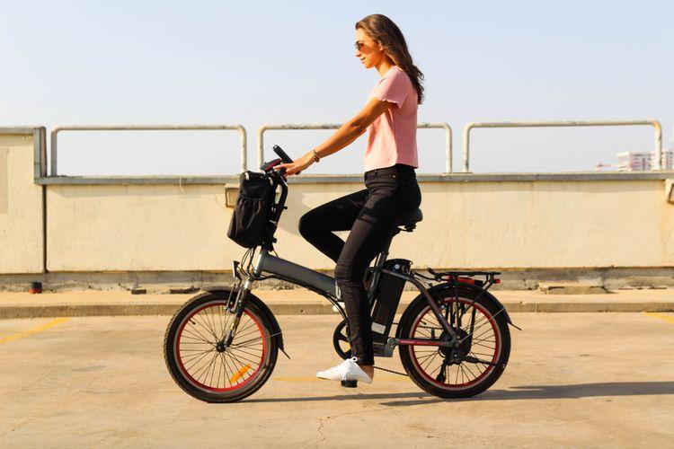 Elektrobicykel s elektropohonom na zadnom kolese