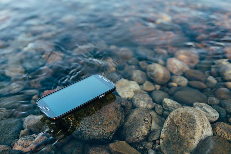 Vodoodolný outdoorový telefón