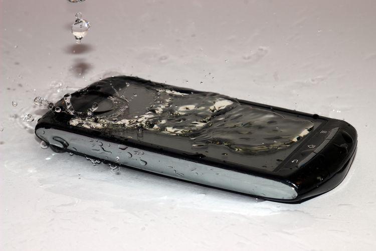 Vodotesný telefón