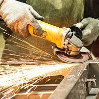 Najlepšie uhlové brúsky (125 mm a 230 mm) – Makita, Bosch aj Metabo