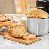 Domáca pekáreň recepty: celozrnný, zemiakový chlieb, vianočka, bagety